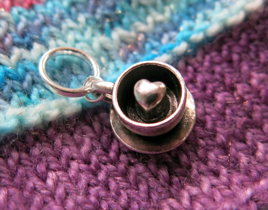 love heart tea cup charm on a snagless ring for knitting markers