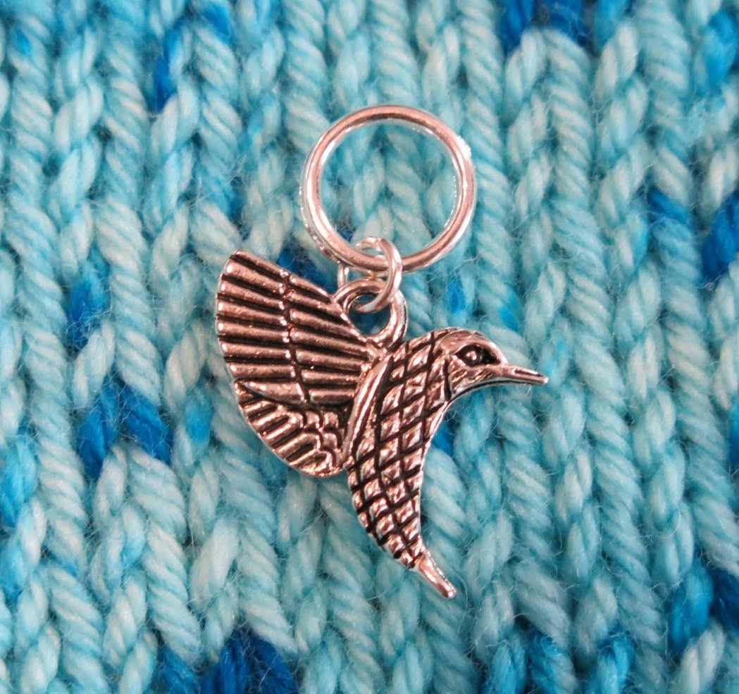 double sided silver alloy hummingbird stitch marker for knitting