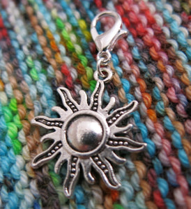 sun charm for bracelets, zippers, crochet and knitting