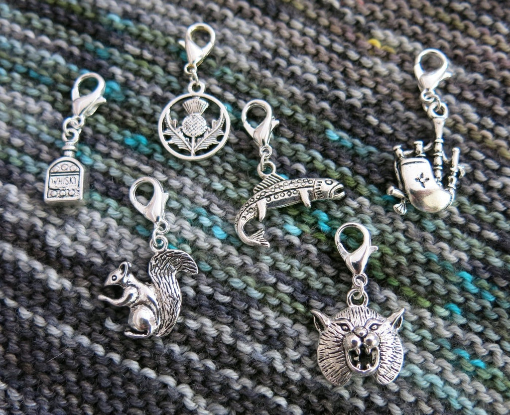 scottish themed hanging charms for bracelets, bags, zippers and knitting