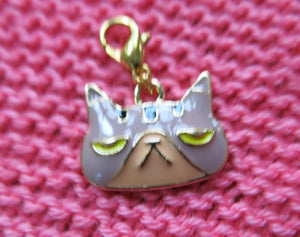 enamel grumpy cat hanging charm for bracelets bags and crochet