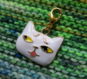 white enamel and gold cat charm for knitting and crochet