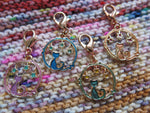 cat and stars circle charms for knitting and crochet