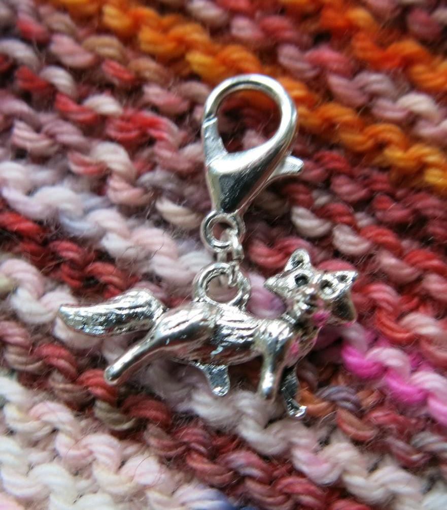 hanging clasp silver fox charm for bracelets, bags and charms
