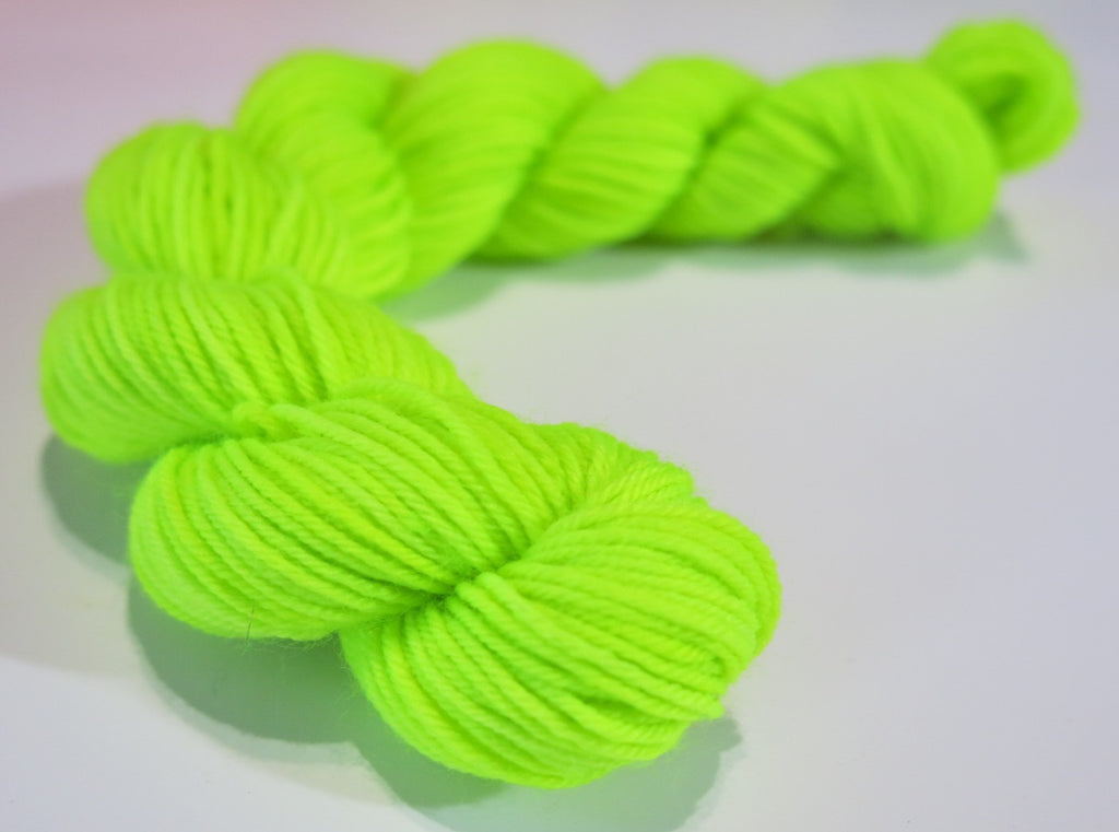 20g uv reactive neon bright mini skein for colour pops, heels and toes