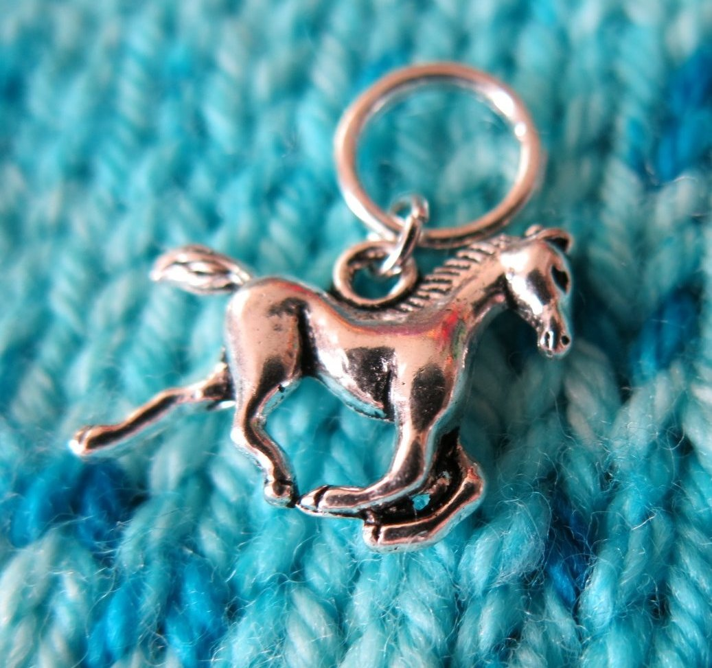 snagless silver horse stitch marker for knitting projects
