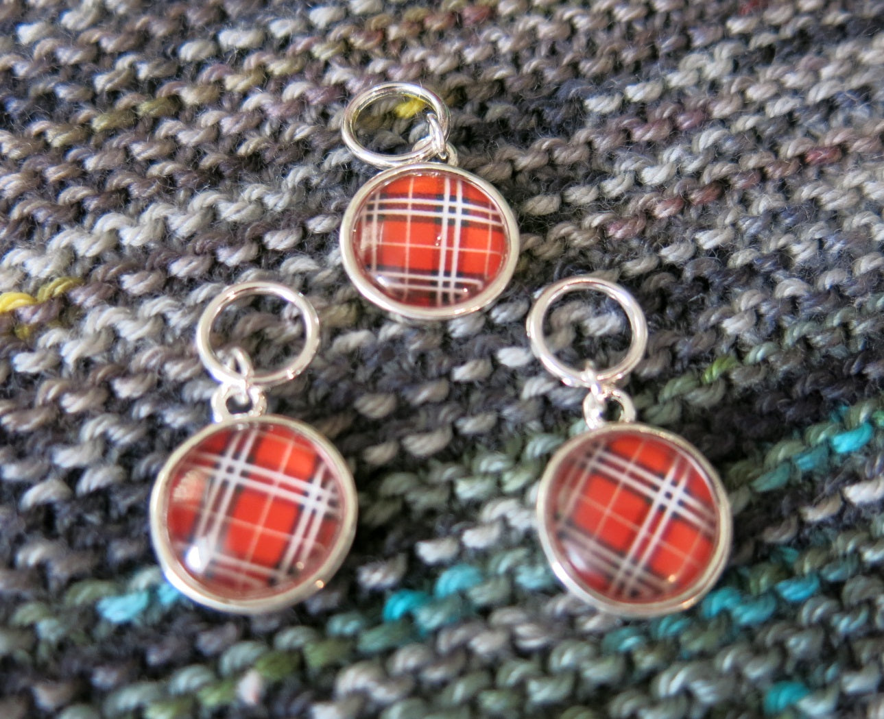 half dome tartan cabuchon stitch markers for knitting