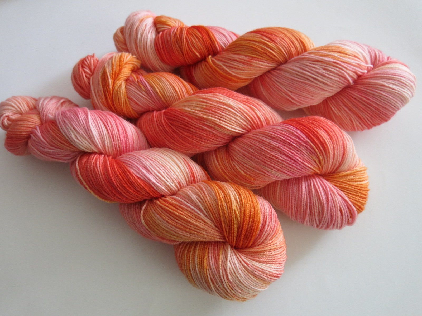 sunset coloured merino yarn for knitting socks and shawls
