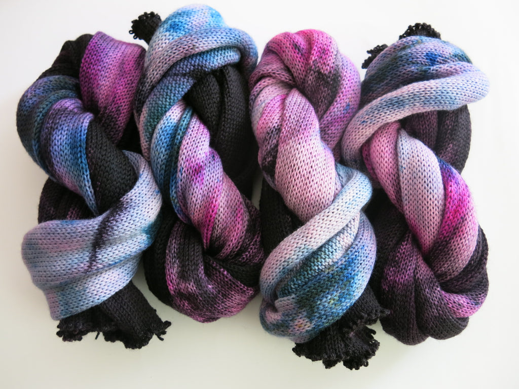 hand dyed single stranded sock blank in black and pink