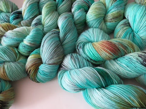 speckled blue sock yarn for knitting crochet and weaving