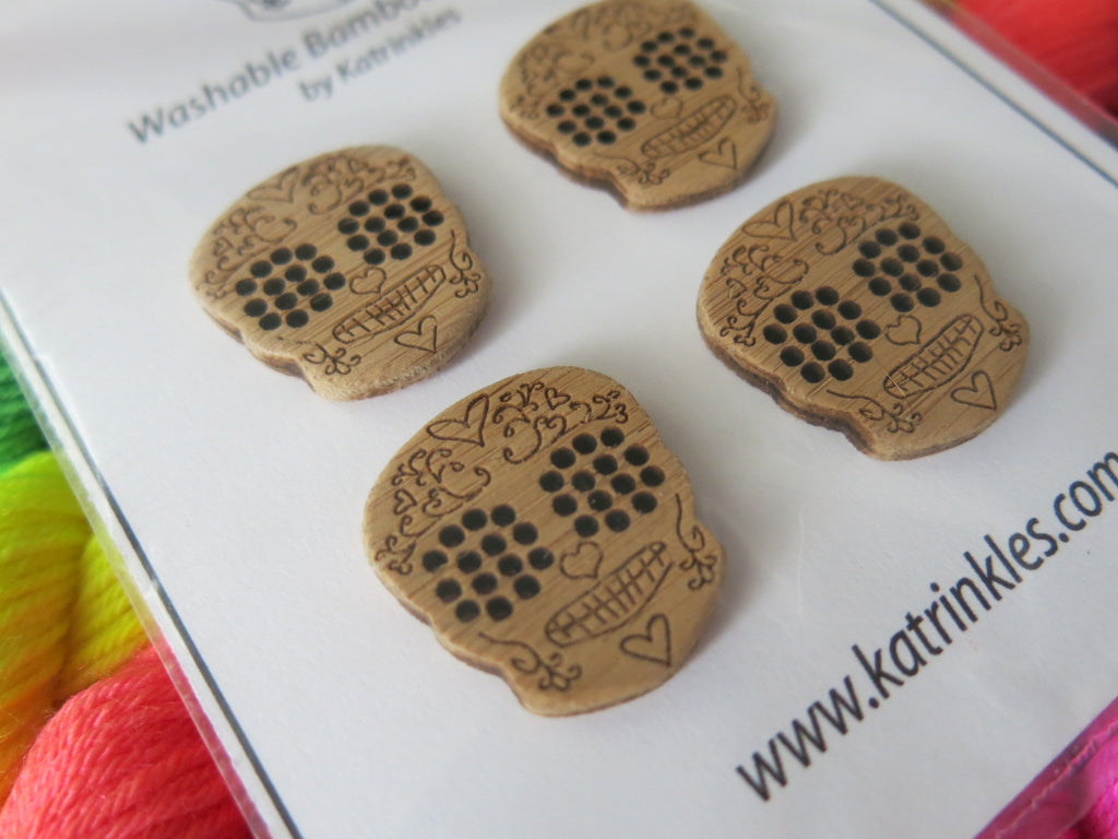 1 inch wooden sugar skull buttons by katrinkles