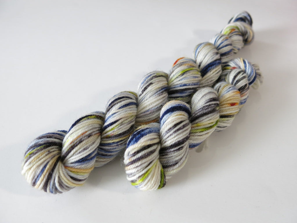 biera winter queen insired blue and white speckled yarn mini skeins