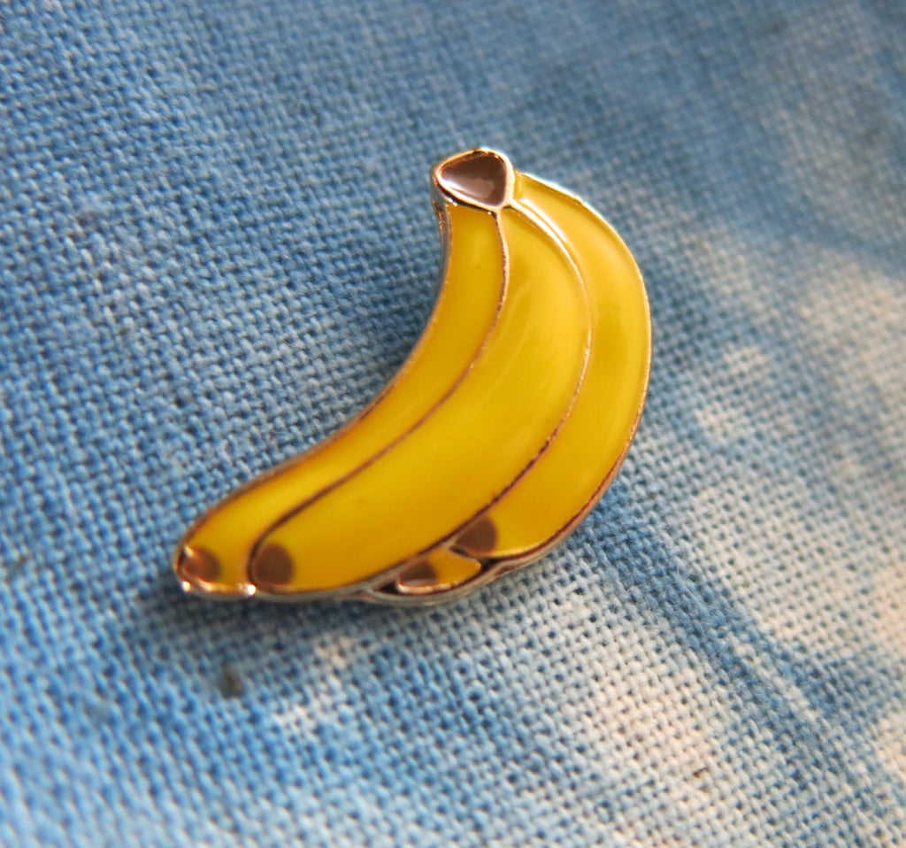 yellow enamel banana bunch lapel pin for bags and shirts