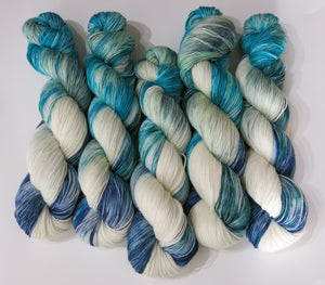 hand dyed white and blue with slate grey and turquoise