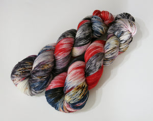 indie dyed yarn inspired by the redcap or powrie by my mama knits