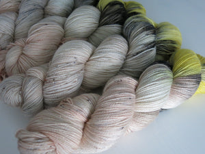 yarn inspired by the leg lamp of a christmas story