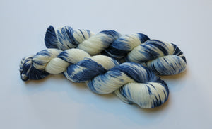 indie dyed yanr in blue and white by my mama knits