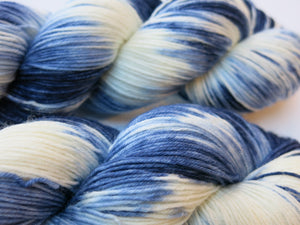 kettle dyed superwash merino sock yarn skeins