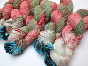 hand dyed superwash merino yarn skein