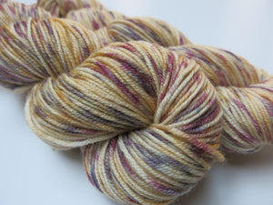 hand dyed double knit yarn skiens inspired by alice in wonderland