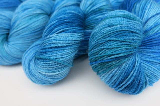 Spectral Blue on Choufunga Sock