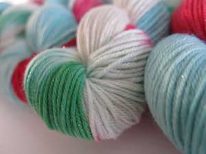hand dyed merino and silk dk christmas yarn skeins