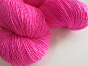hand dyed fluorescent blacklight pink by indie dyer my mama knits