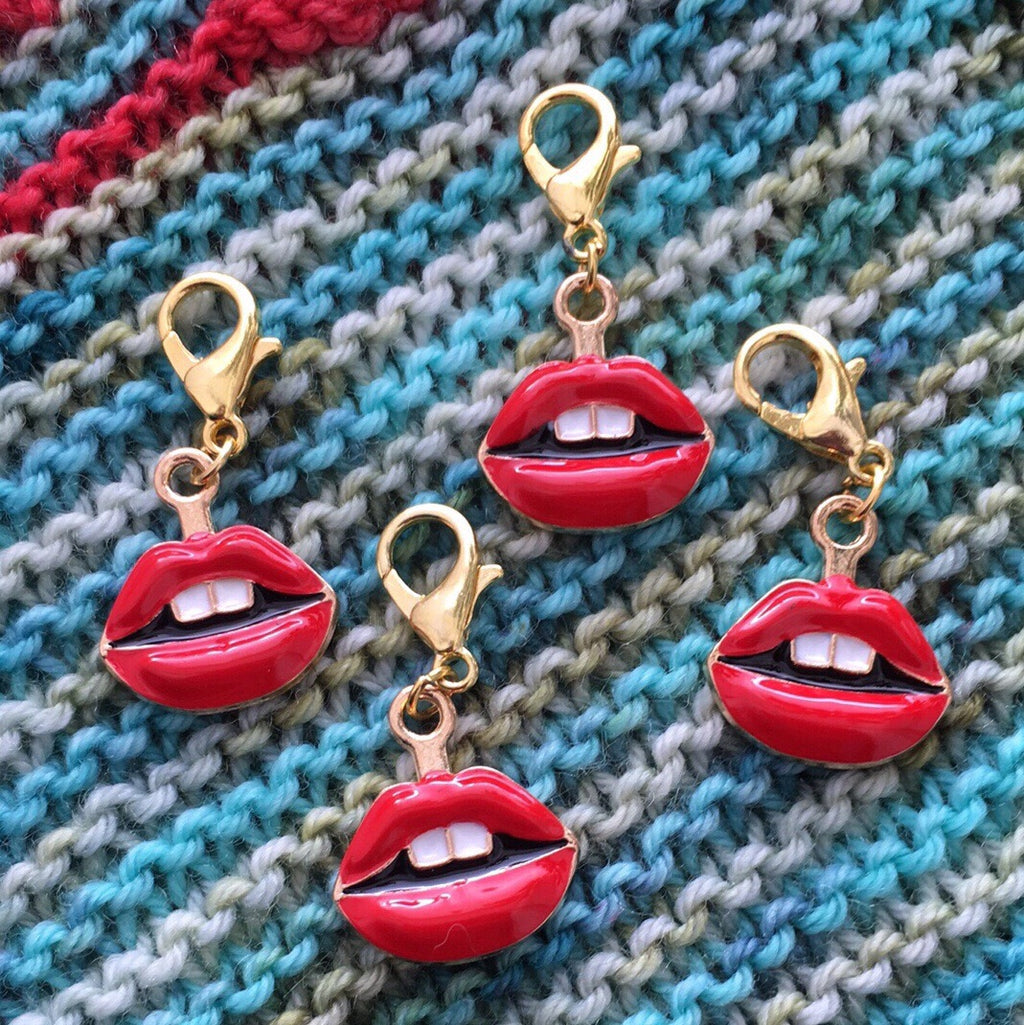 red enamel lips charm on a hanging lbster clasp for knitting and crochet