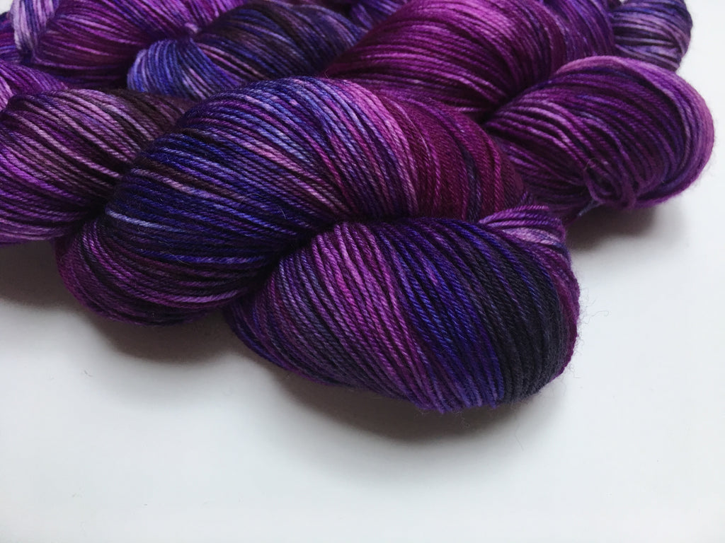 Intergalactic Iris - Full 100g Skein on Choufunga Sock