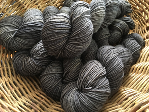 hand dyed tonal black and grey 8 ply dk merino yarn skeins