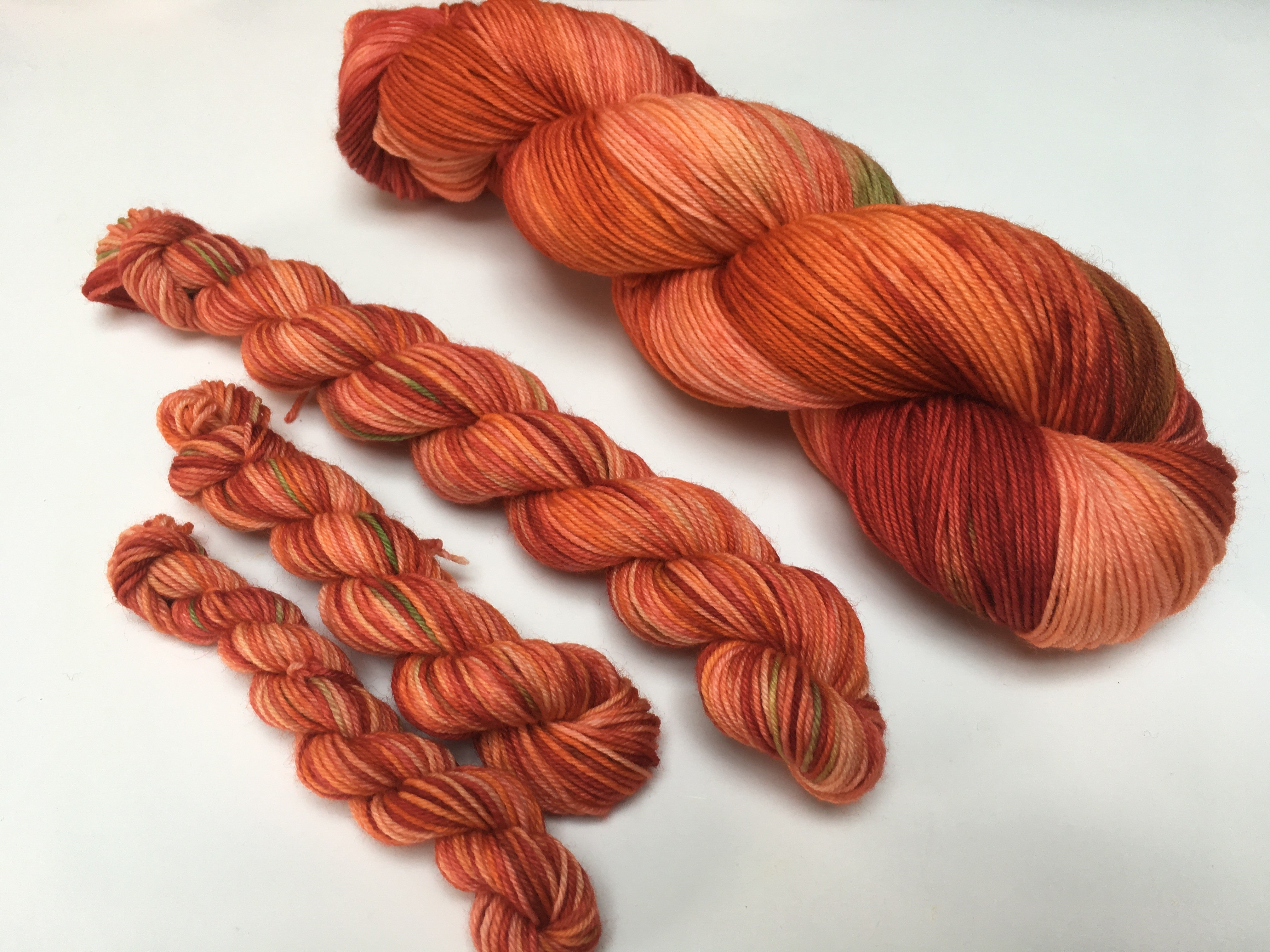 hand dyed tonal russet orange yarn for weaving, knitting and crochet