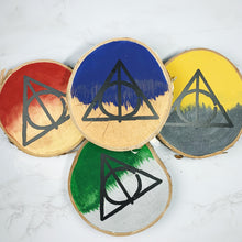 WIZARD HOUSE WOODSLICES | Set of 4, Decorative Deathly Hallow Wood Slices for the Home, Brave, Wise, Loyal, Cunning