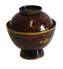 An Elaborately Decorated Lidded Lacquer Bowl #2: Edo Period