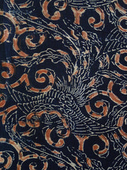 A Richly Designed Katazome Length: Double-Sided Phoenixes and Arabesques