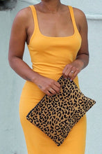 Load image into Gallery viewer, leopard print clutch