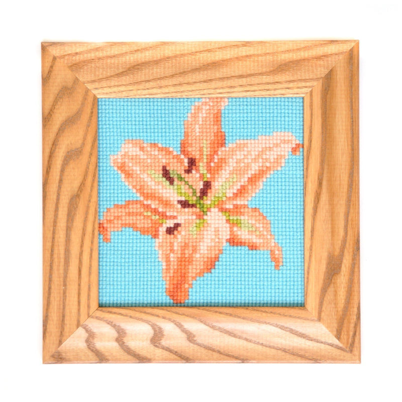 Lily Mini Kit Needlepoint Kit Elizabeth Bradley Design