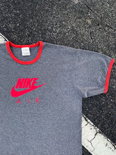Load image into Gallery viewer, NIKE 90's Vintage T-Shirt
