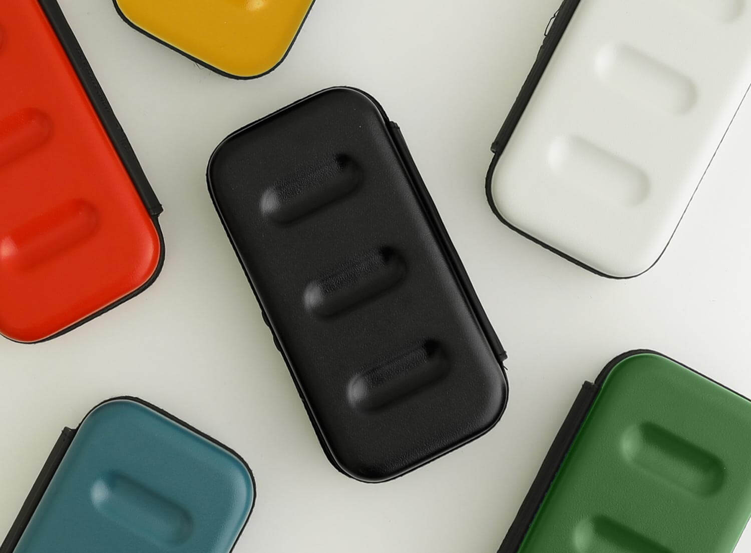 hightide hard shell case nahe collection  in small size 6 colors