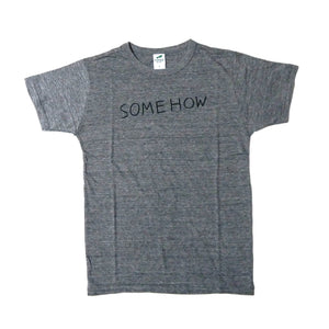 T-SHIRT SOMEHOW/GREY