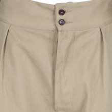 Wide waistband pleated Gurkha shorts