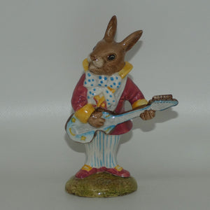 DB016 Royal Doulton Bunnykins Mr Bunnybeat Strumming