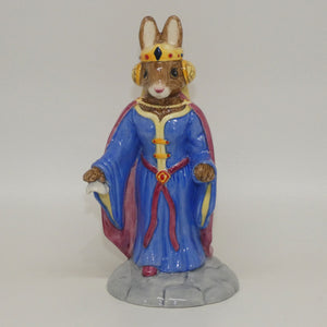 DB302 Royal Doulton Bunnykins Queen Guinevere
