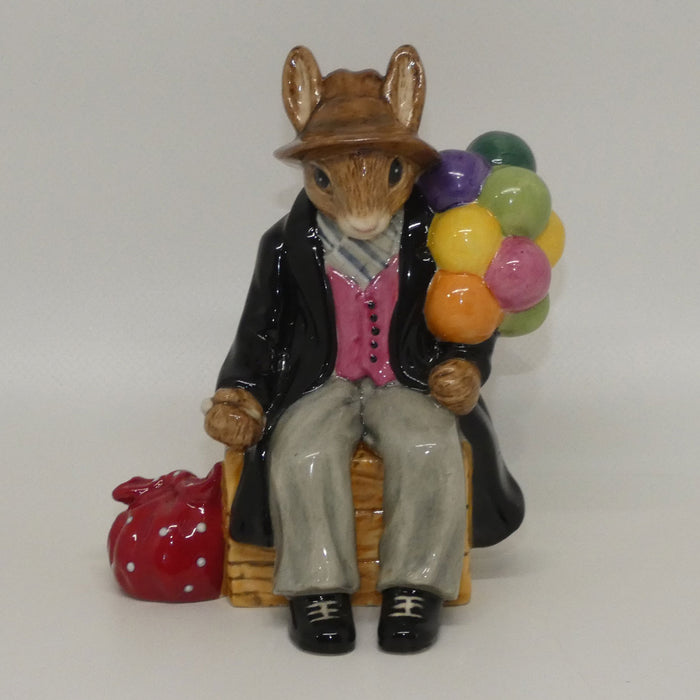 DB366 Royal Doulton Bunnykins Balloon Man