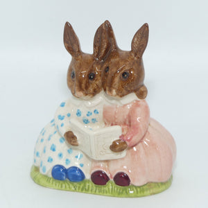 DB009 Royal Doulton Bunnykins Storytime (no box)