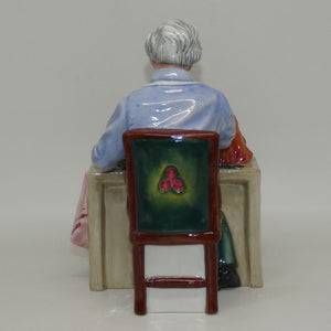 HN2943 Royal Doulton figure The China Repairer