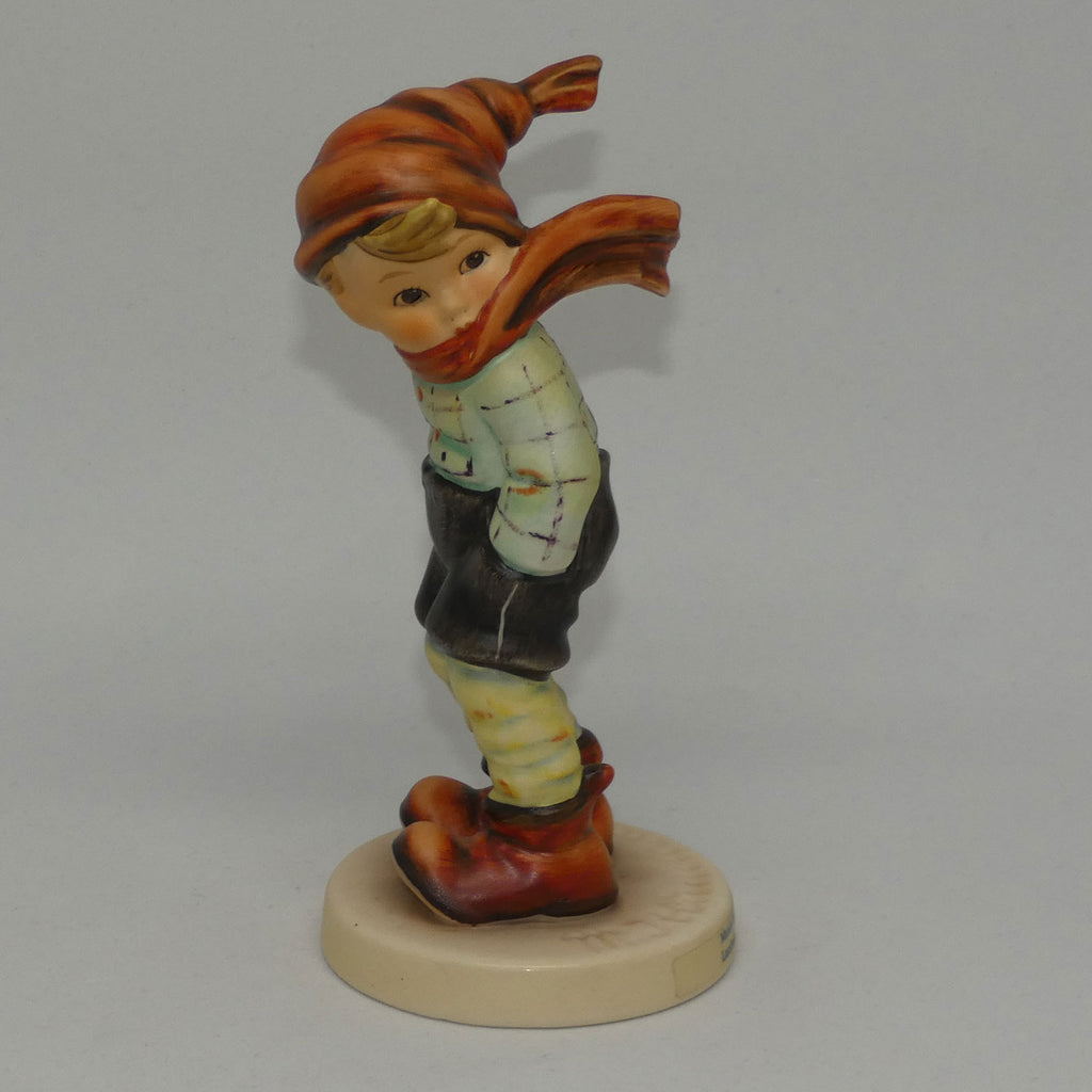 HUM0043 MI Hummel figure March Winds