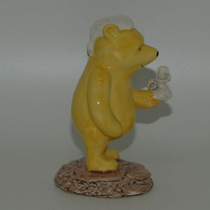 WP11 Royal Doulton Winnie the Pooh figure | Winnie lights the Candle