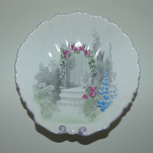 Shelley Archway of Roses shell shape pin dish