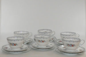 Shelley Henley shape Crochet 21 piece tea set (Round Cake Plate)