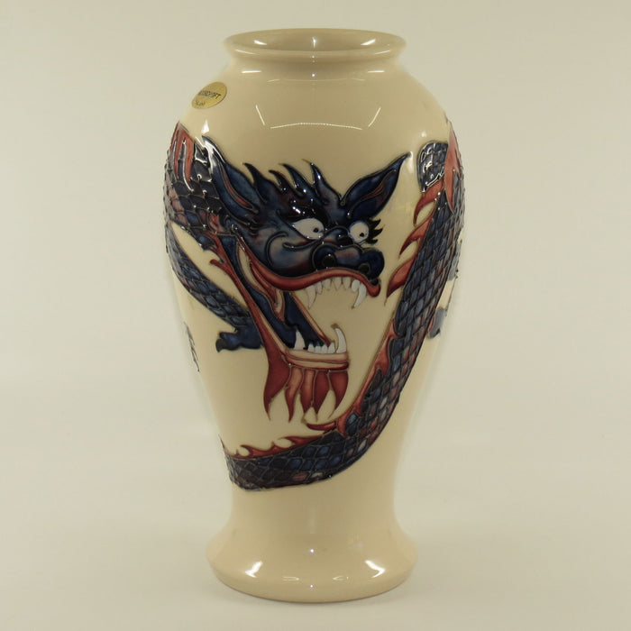 Moorcroft Dragon 46/10 vase (White)